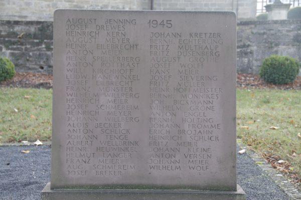 Ehrenmal Gedenkstein 4