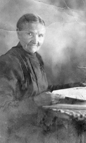 1908: Ur-Oma Dreier